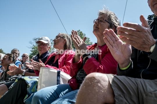 Klapsalver fra publikum