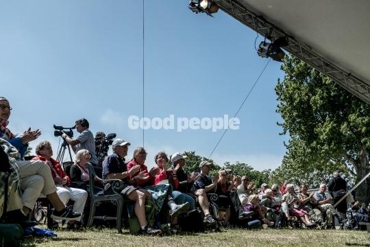 Publikum på Cirkuspladsen