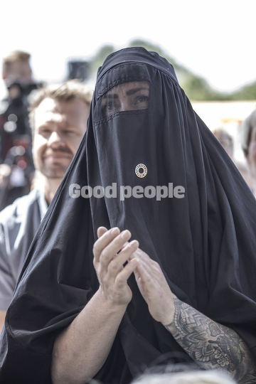 Nøgen burka