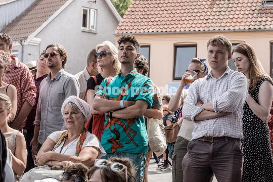 Publikum ved Ekstra Bladets telt