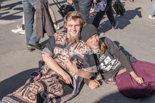 Unge folkemødegæster