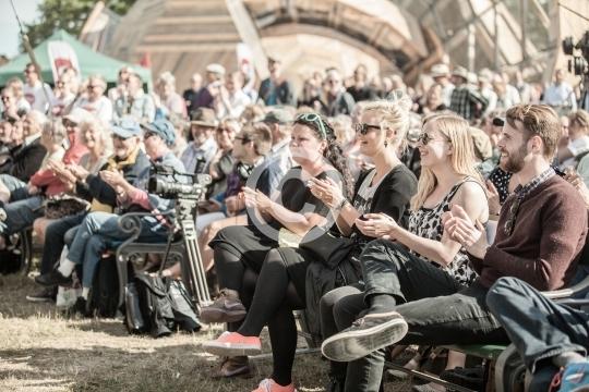 Publikum ved Folkemødet